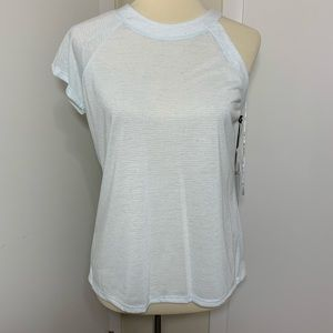 1. State Cut Out Sleeve Short Sleeve Top